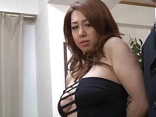 corpulent japanese MILF Yumi Kazama porn peel