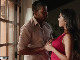 Sex-appeal babe Sophia Leone is fucked by black lover Isiah Maxwell