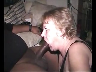 Hungry grandma sucking bbc fall heir to cum in mouth
