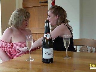 Mature ladies enjoying their seductive bodies and astonishing lesbian masturbation skills