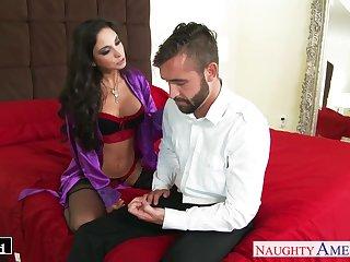 Sexy wife's girlfriend Trinity St Clair swallows a dick like a cum thirsty bitch