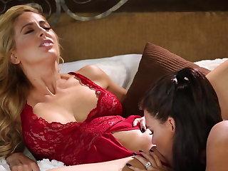 Peta Jensen fucks her girlfriend Cherie Deville
